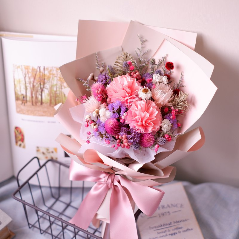 To be continued | Mother's Day limited pink purple handmade carnation dry flower bouquet spot + pre-order