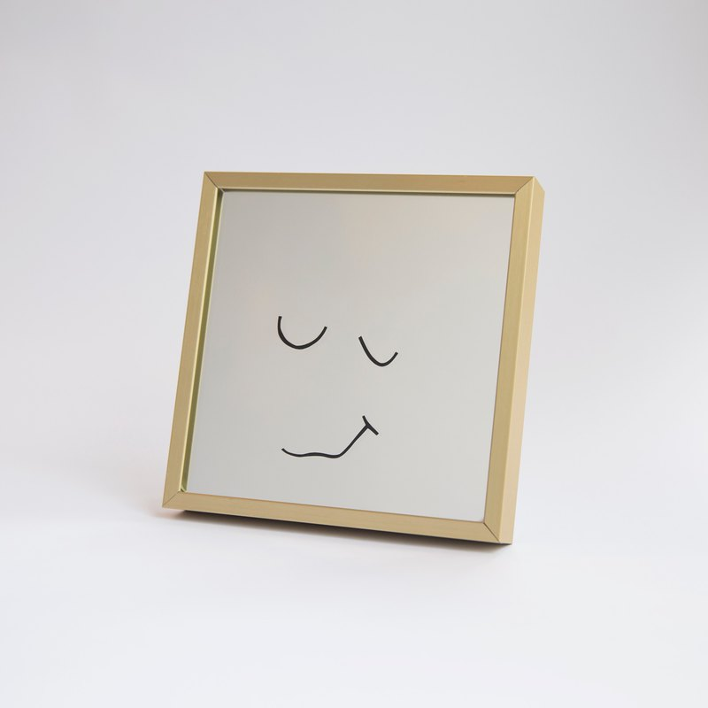 Smiley Mirror_Golden