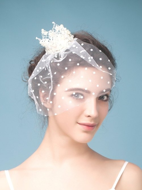 Charlie ◆ ◆ pearl small crown short veil vintage white lace bridal veil headdress flower handmade jewelry wedding bride marriage Fa ornaments outdoor photo freshwater Jane bridal hair accessories bridal headdress