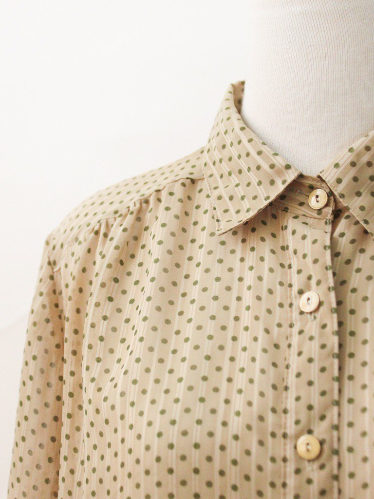 Vintage Japanese made green dot khaki five-point sleeve vintage shirt Vintage Blouse