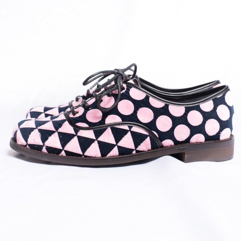 Round&triangle oxfordshoes_pink&black