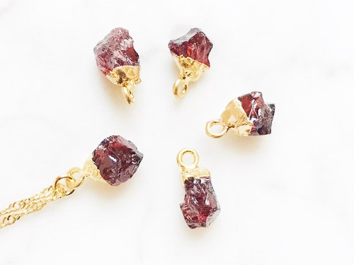 ::Gold Mine Series :: Garnet Clavicle Necklace