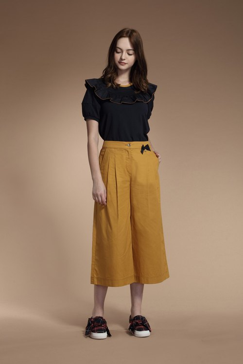 Casual pleated wide pants