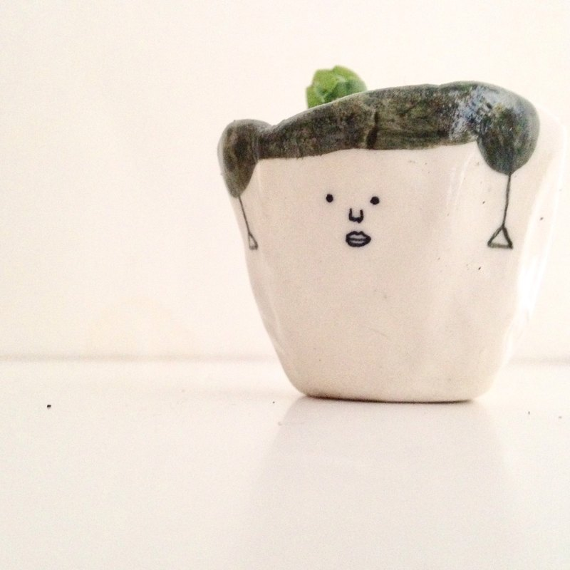 Small potted with earrings - small pots for small pots