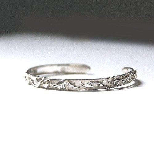 Women's Straight bangle