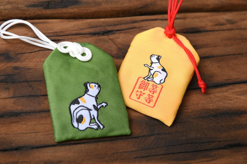 Lucky cat defensive / luck promotion / three flowers cat / please Fu defensive / amulet