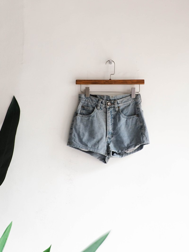 River Water Mountain - lee / w25 Aomori light gray blue cotton tannins antique shorts vintage denim pants vintage