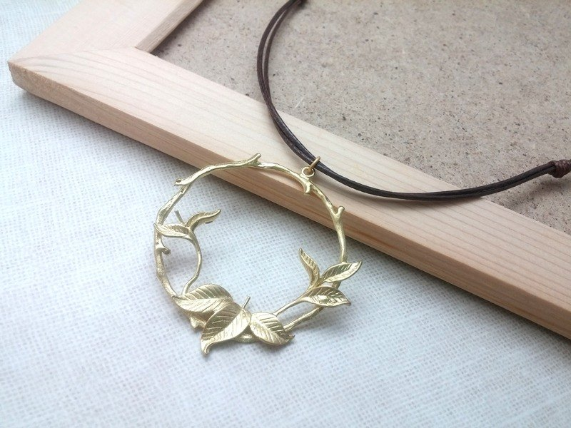 Handmade x necklace brass Mori Park plain simple wax rope thin line