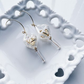 momolico earrings three-dimensional geometry -3 (can be folder-type)