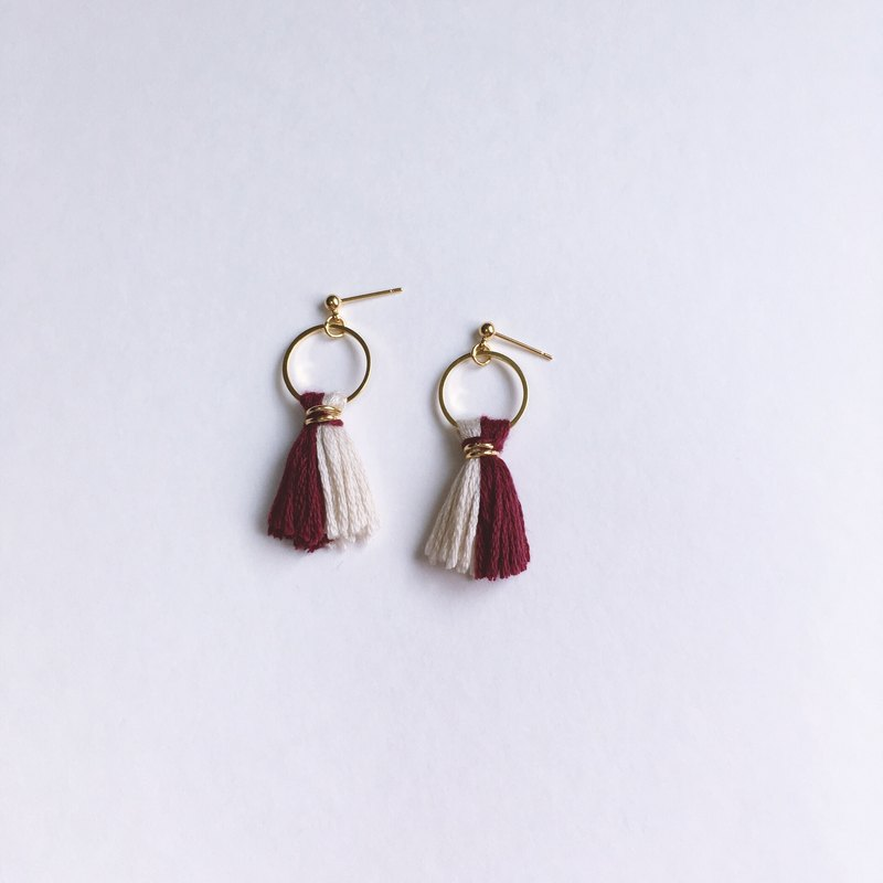 """Red Age"" retro two-color tassel earrings: earrings, spiral ear clip, wine red, embroidery line, tassel"