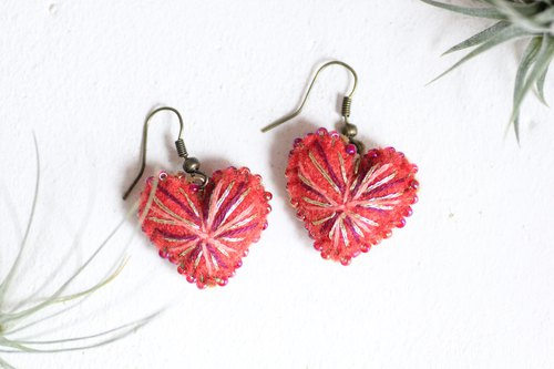Red Heart earrings - Plumped hearts beaded by aurora color beads