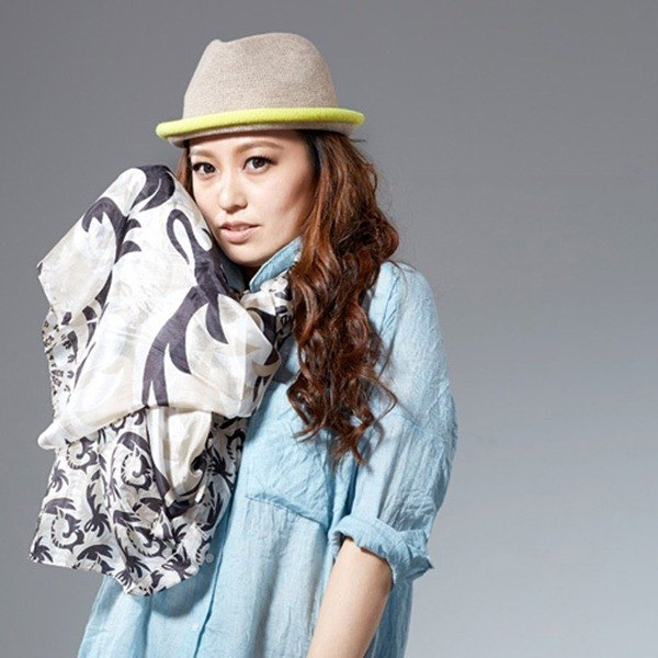 [Angel Woolen] silver silk soft silk shawl scarf (black and white)