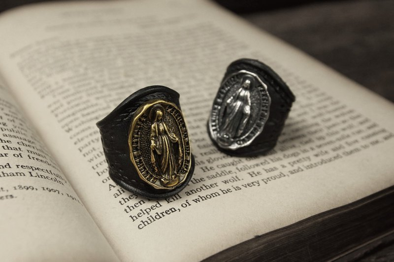 [METALIZE] Virgin Mary Ring