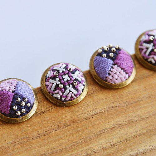 甄 girl handmade original handmade kaleidoscope brown cross embroidery beaded round earrings