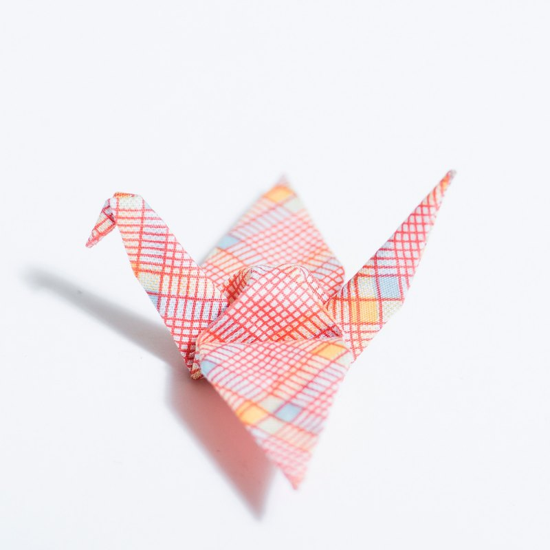 \ Heli lone / origami red plaid brooch _