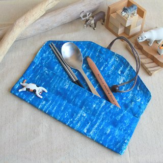 Valentine New Year] weimom s micro-Mianbu create blue wax crayon - chopsticks set house, pencil case, green tableware bag, cloth roll, Christmas gifts made in Taiwan - hand made good
