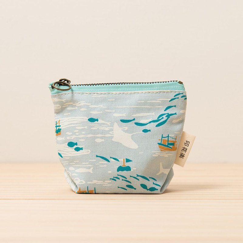 Zipper Coin Purse / Boat / Water Blue