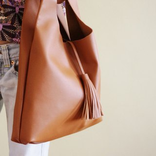 Soft Leather Hobo Bag with Tassel / Leather Tote in Light Brown