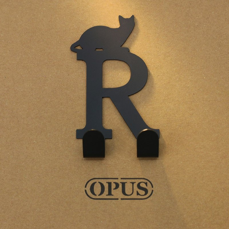 [OPUS Dongqi Metalworking] When the cat encounters the letter R - hook (black) / wall hanging rack / storage without trace
