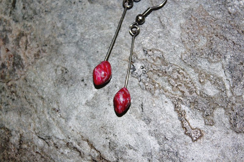 Red love soft clay needle / clip-type fishing earrings