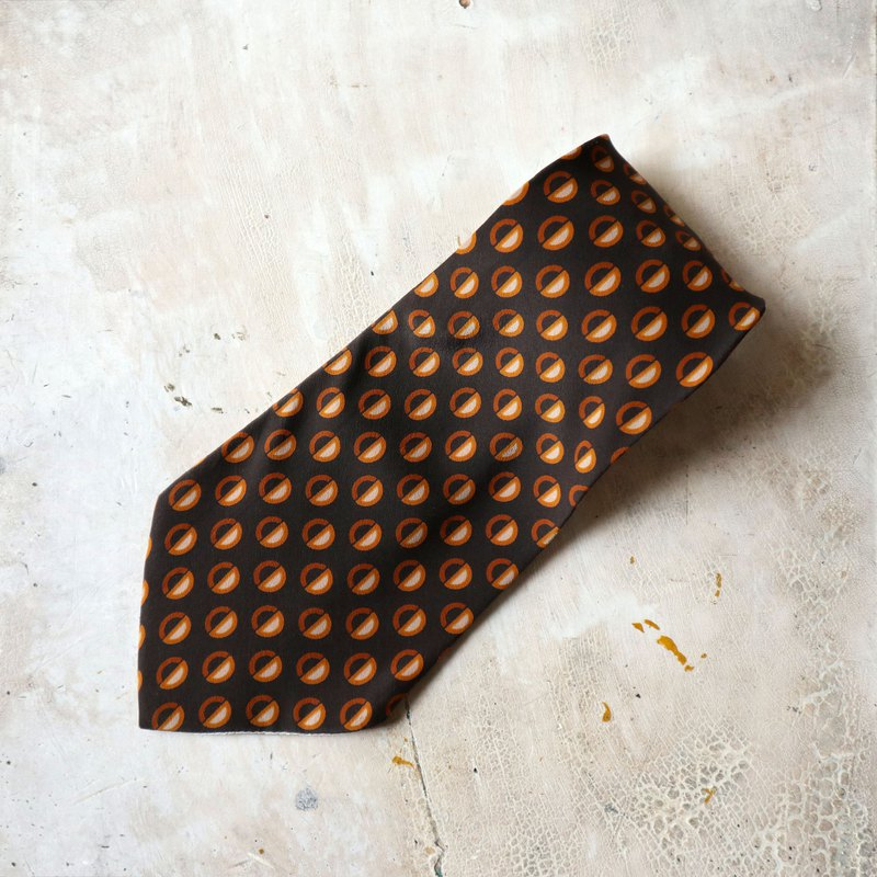 Pumpkin Vintage. Ancient tie