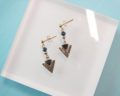 Black Marble - Triangle Arrow Spear Pendant Earring