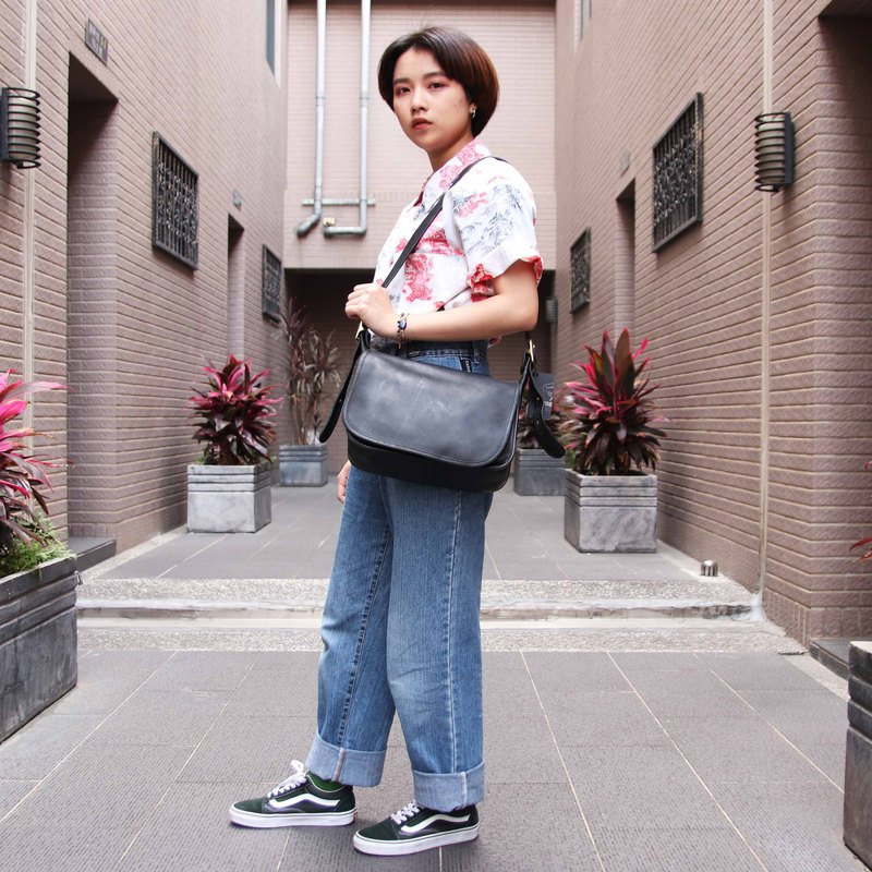 Tsubasa.Y Antique House Antique Coach Pack 008, Leather Bag Side Backpack Antique Bag
