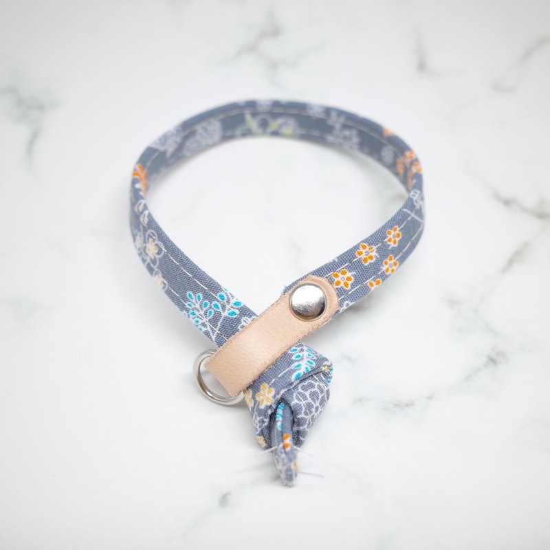 Cat collars, grey, blue floral pattern_CCJ090431