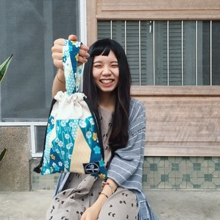 Beam mouth bag / wind and wind blue green cloth