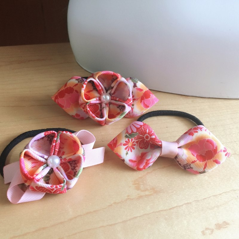 A three-piece set of zephyr flowers. Hair band