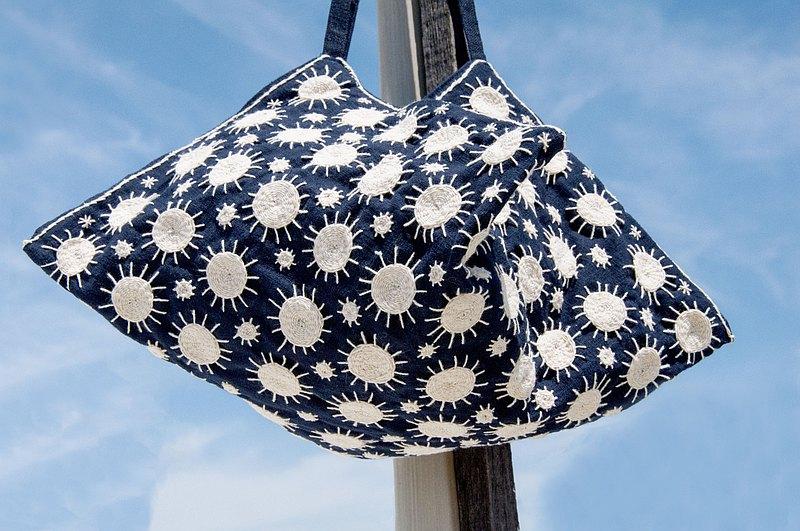 手縫純棉布側背包/刺繡斜背包/刺繡肩背包/手縫藍染包-藍染indigo