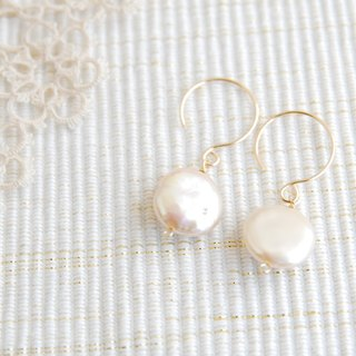 Light pink coin pearl earrings 14 kgf