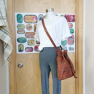 Lovely red brick / brick pattern beam port bag / bucket bag / oblique backpack / shoulder bag