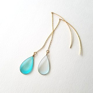 water blue drop pierced or clip-on earrings <large>