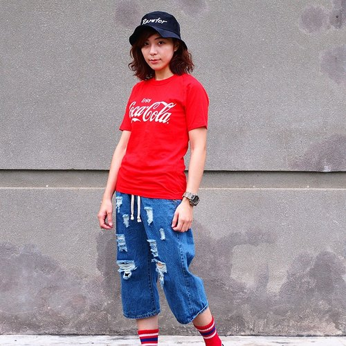 Calf Village village vintage vintage retro classic Coca-Cola T-shirt Mavericks Japanese cotton short-sleeved T-shirt Evergreen Coke} {