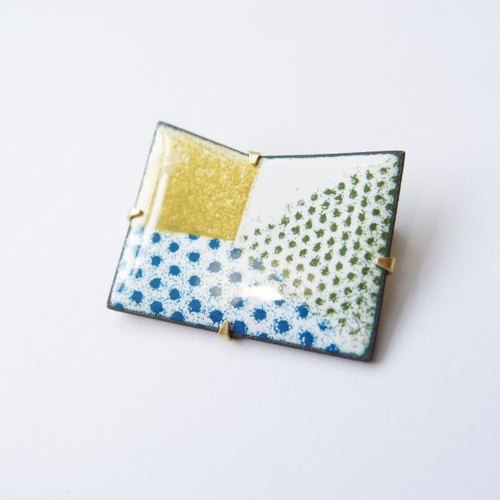 Folding series 2 enamel metal brooch
