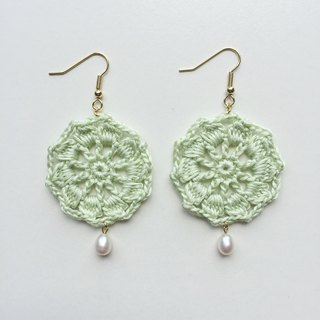 Catch the dream net hand weaving flower pearl earrings ear hook fresh bud green
