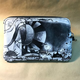 Oriental Paradise City - leather clutch (Minerva X Sudi Fen)