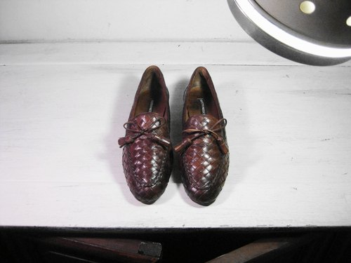 ~ ~ Vintage garden after dark caramel color knit loafers (size female models wear No. 39-40)