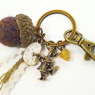 Paris * Le Bonheun. Happy forest. The mysterious kingdom of rabbits. Wool felt acorn. Pine cone key ring strap