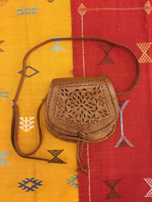 Morocco handmade leather carved caramel camel leather backpack backpack saddle bag national wind accessories