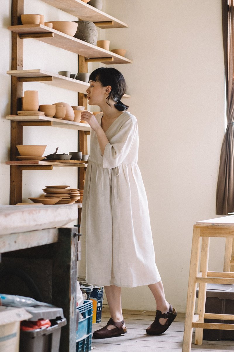 Linen wrap dress with double bow tie in Natural