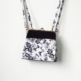 lattice and flowers clasp frame bag/with chain/ shoulder bag /backpacks