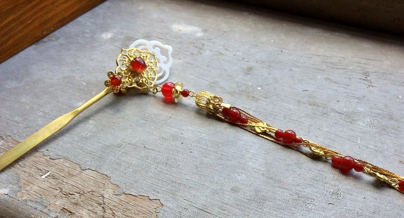 Miao hand made ~ Chinese style double sided sword agate hairpin / onyx / gold (brass)