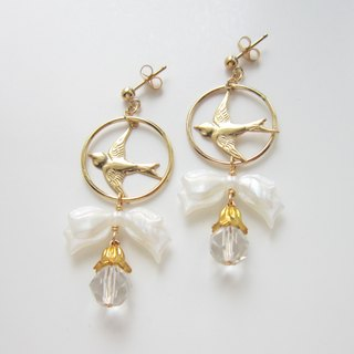 Swallows and white ribbon of earrings (earrings)
