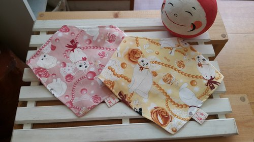 Elegant Baby cats sided triangle scarf / bibs [DM160710]
