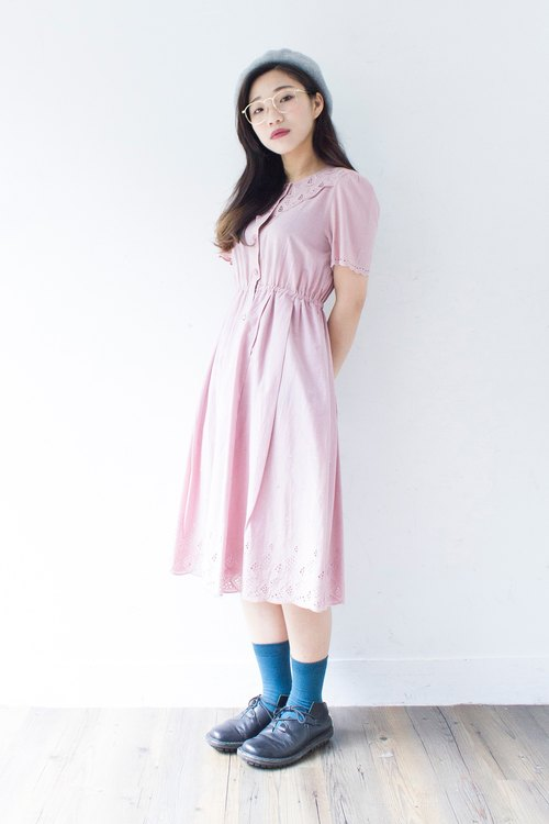 Banana cat. Banana Cats Nippon hug empty pink lace embroidered cotton short-sleeved vintage dress
