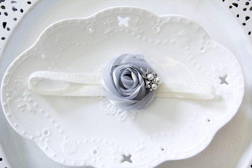 Sweet House paragraph baby hair band gray yarn flower hair band