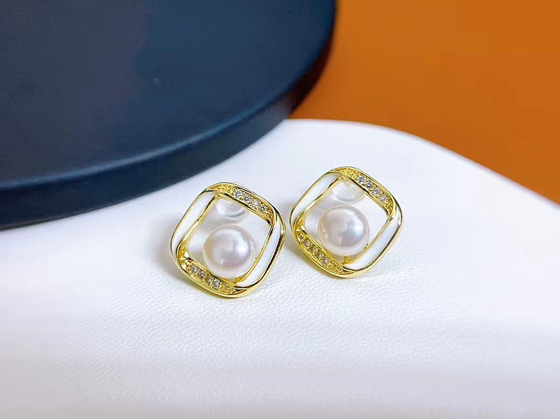 Fangyuan~Natural pearl, strong brilliance and silver earrings, stud earrings