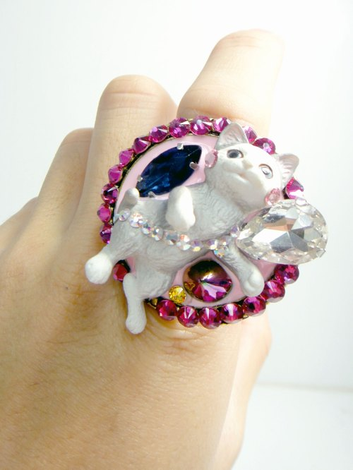 TIMBEE LO large disc ring gray cat